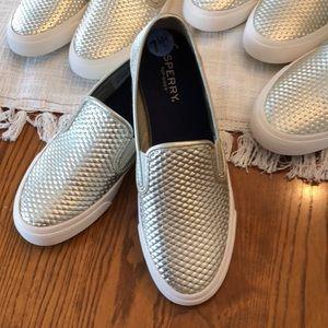 Sperry Seaside Embossed Metallic Leather Sneaker